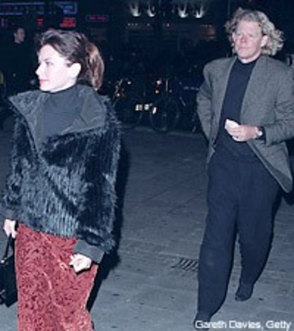 Source Claims Shania Twain's Husband Cheated