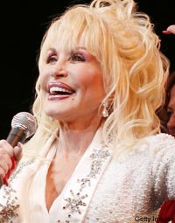 Dolly Parton Takes Flood Relief Effort To Dollywood