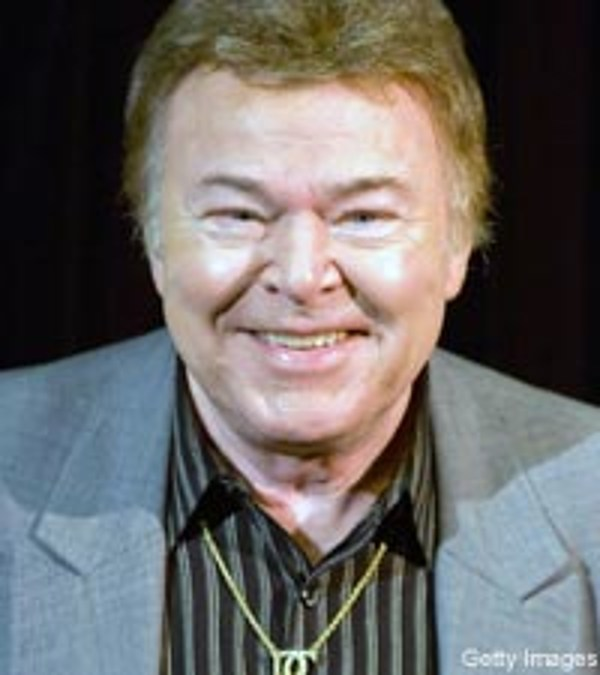 Roy Clark, 'Hee Haw' Honored By Sunday Mornin' Country