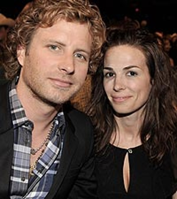Dierks Bentley And Wife Expecting Baby No 2