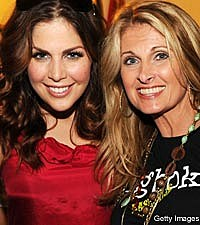 Lady Antebellum's Hillary Scott, Linda Davis