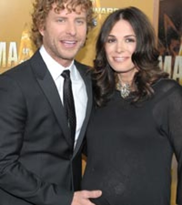 Dierks Bentley And Wife Cassidy Welcome Daughter No 2