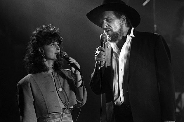 Waylon Jennings, Jessi Colter