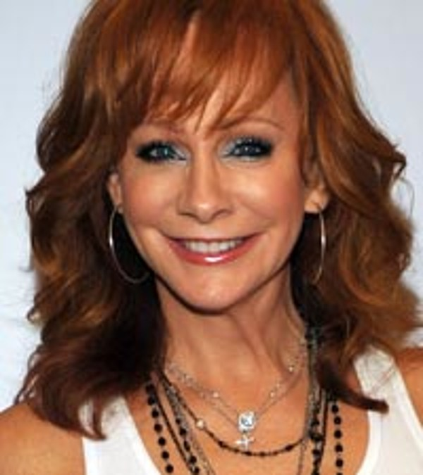 Reba Relishes Touring With Her Buddies