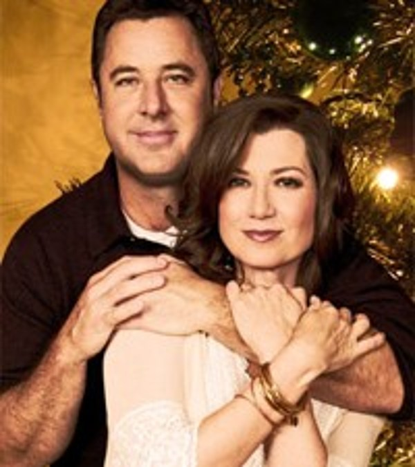 Vince Gill and Amy Grant Bring Christmas to the Ryman