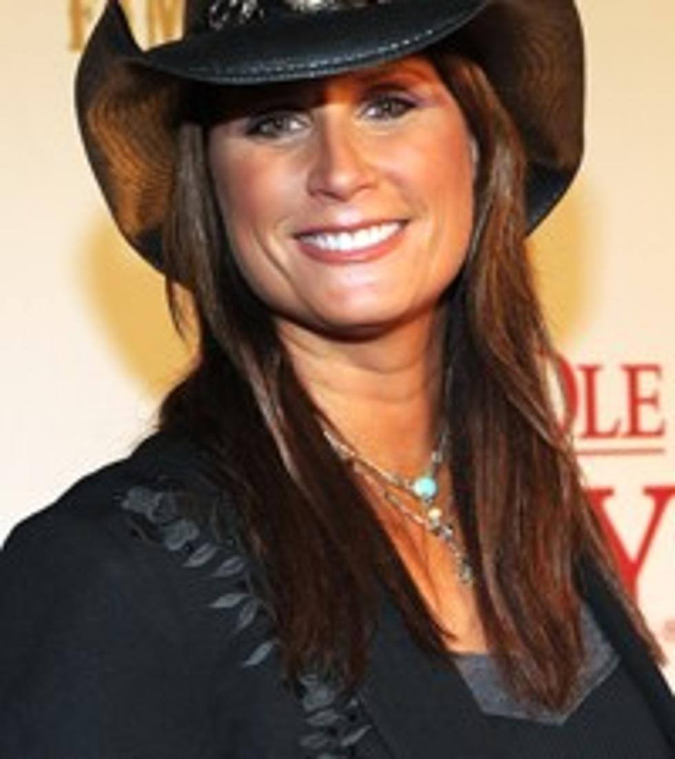 Terri Clark Spreads Her Wings With 2012 Tour
