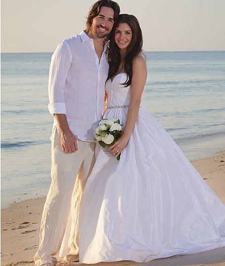 jake owen married singer weds model lacey buchanan in beachside