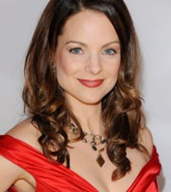 kimberly williams paisley joins abc s nashville