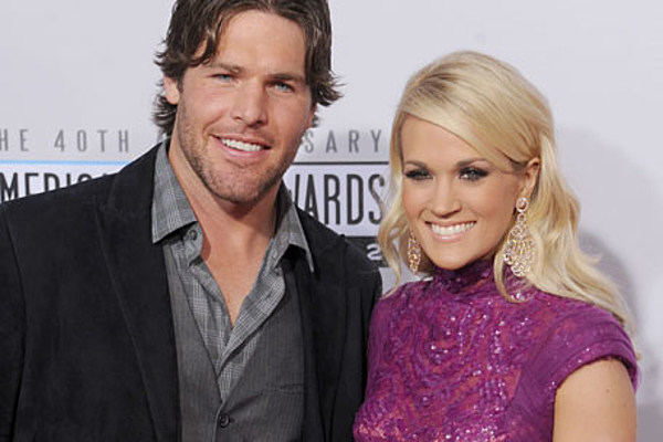 Carrie underwood mike fisher hockey and holidays throw for Carrie underwood husband mike fisher