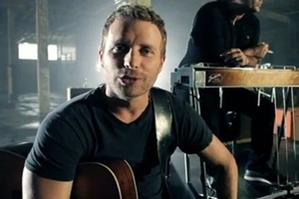 dierks bentley 39 i hold on 39 video behind the scenes. Cars Review. Best American Auto & Cars Review