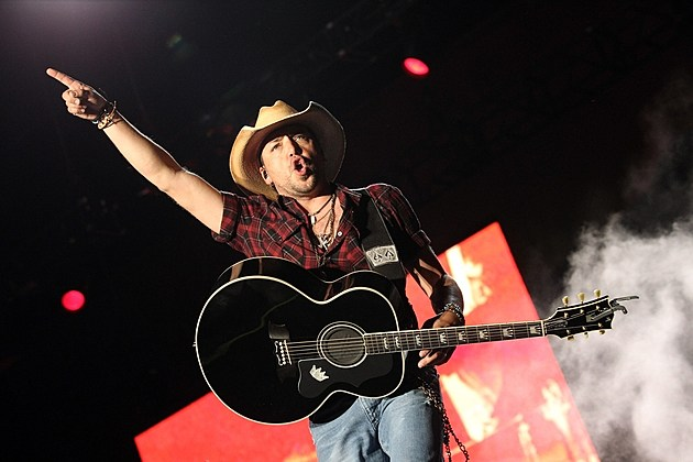Jason Aldean Debuts Three More 'Old Boots, New Dirt' Tunes