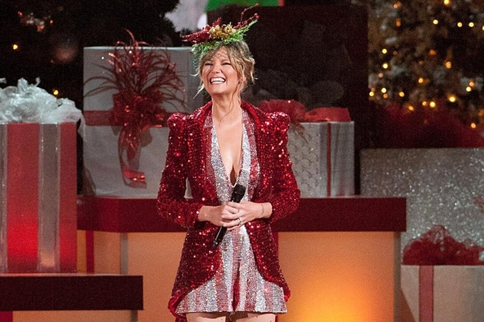 Jennifer Nettles Kicks off 2013 \'CMA Country Christmas\'