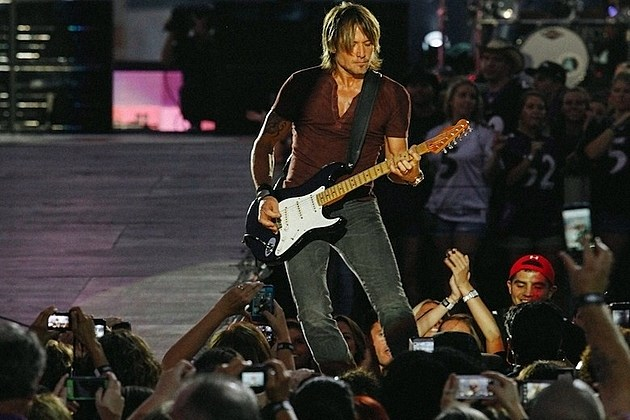 Keith Urban Barge