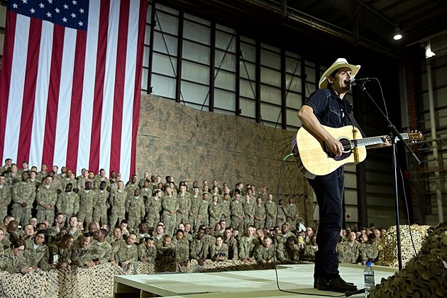 Brad Paisley Afghanistan performance