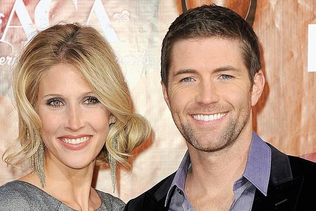 Josh turner and his wife