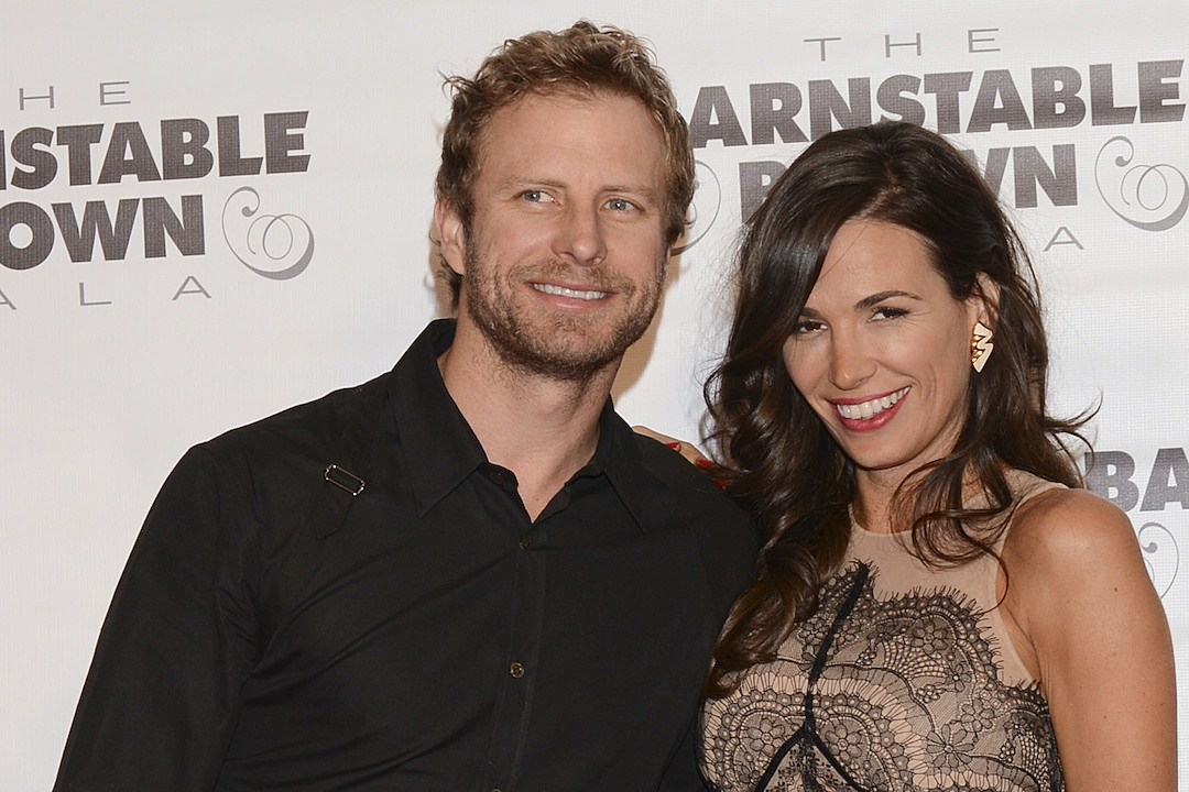 Dierks Bentley + Cassidy Black — Country's Greatest Love Stories