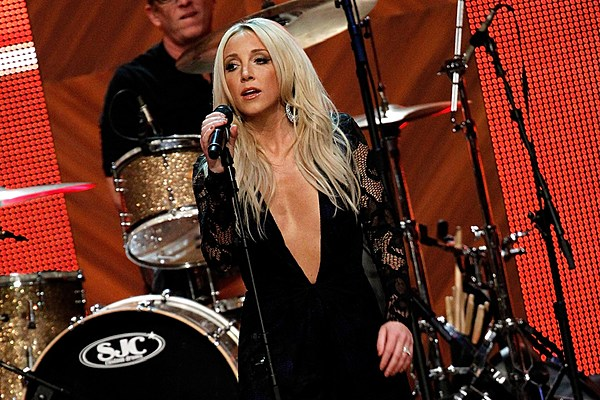 Ashley Monroe Releases New Single On To Something Good