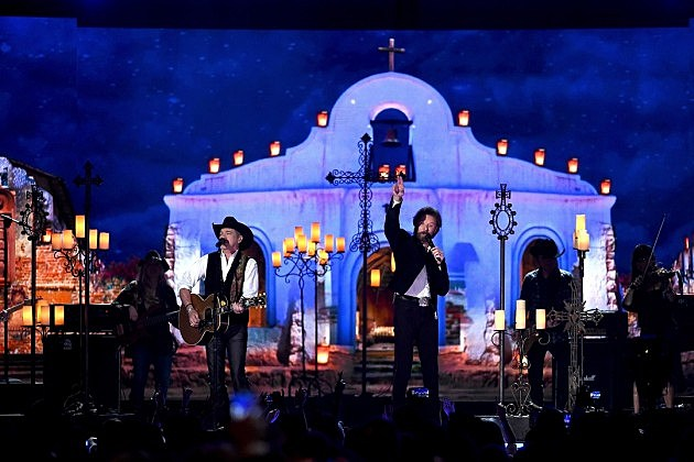 2015 acm awards performances complete list for How many country music awards are there