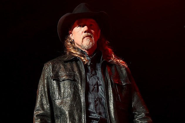 Trace Adkins record deal 2015