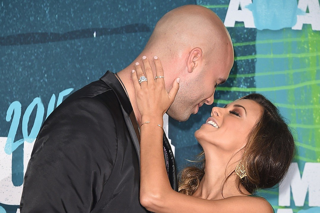 Jana Kramer and Husband Split After a Year of Marriage