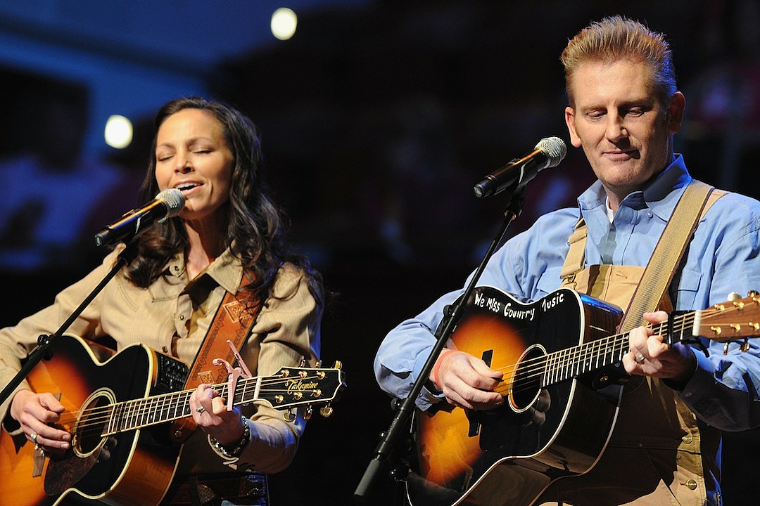 Joey + Rory Plan \'Hymns That Are Important to Us\' Deluxe Edition