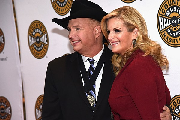 Brooks yearwood credit marriage with helping them succeed for Is garth brooks and trisha yearwood still married