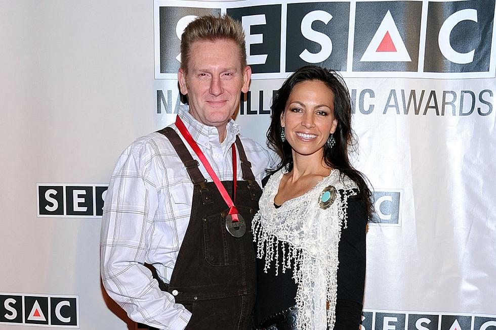 Gospel Icon Bill Gaither Brightens Joey Feek\'s Holidays