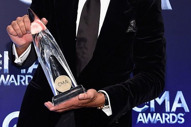 2015 CMA Awards winners predictions