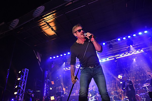 Phil vassar excited about new songs he s writing