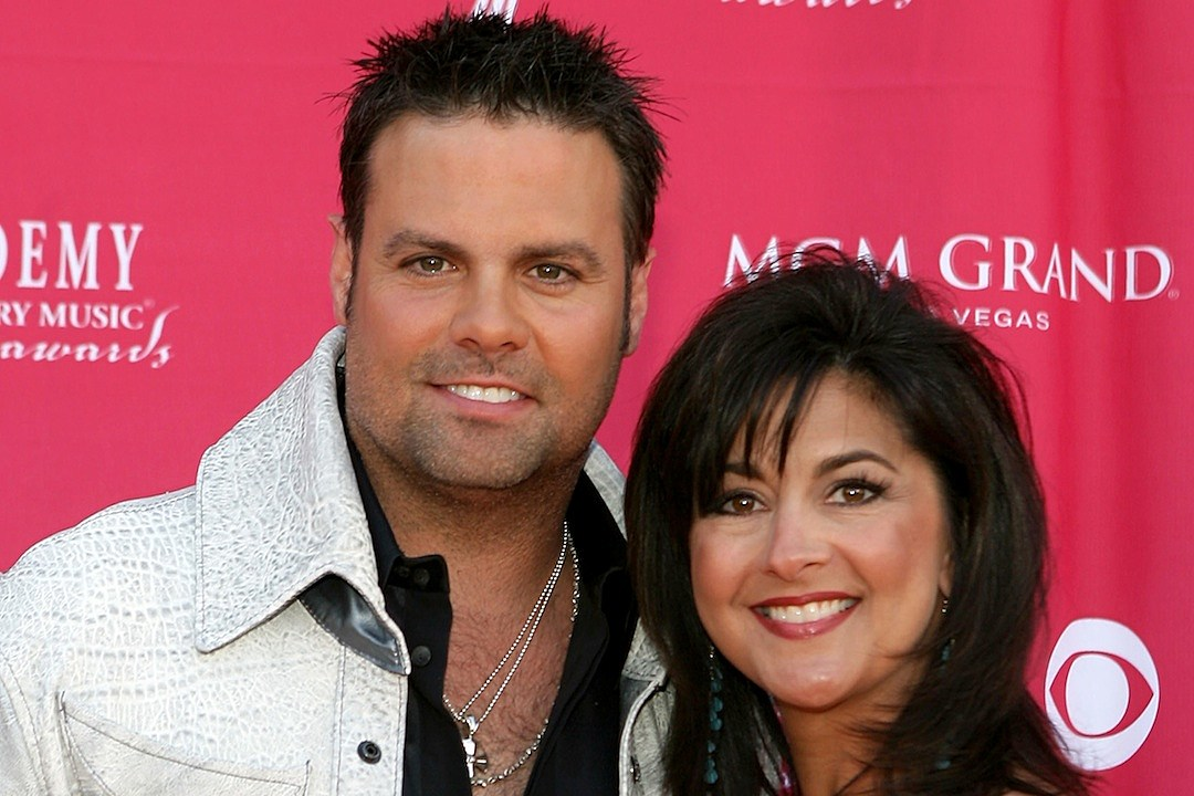 Troy + Angie Gentry — Country's Greatest Love Stories