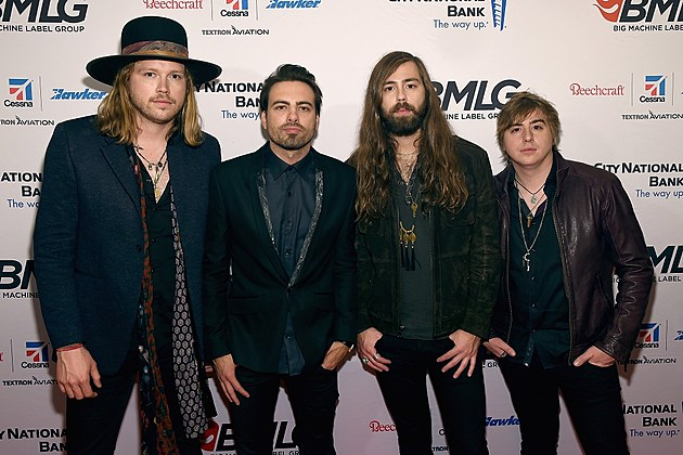 A Thousand Horses 2016 ACM Awards