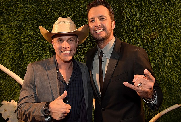 Dustin Lynch Luke Bryan tour