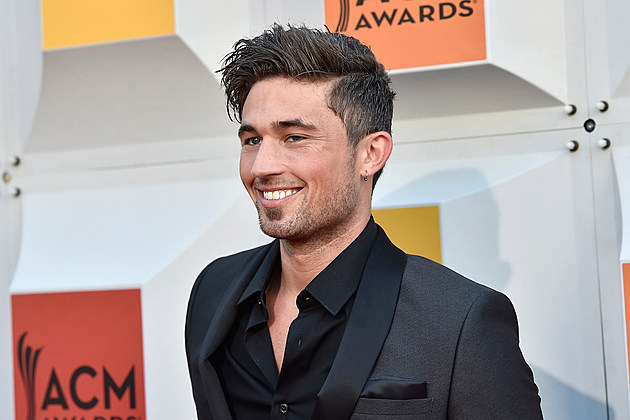 Michael Ray Debuts Think A Little Less