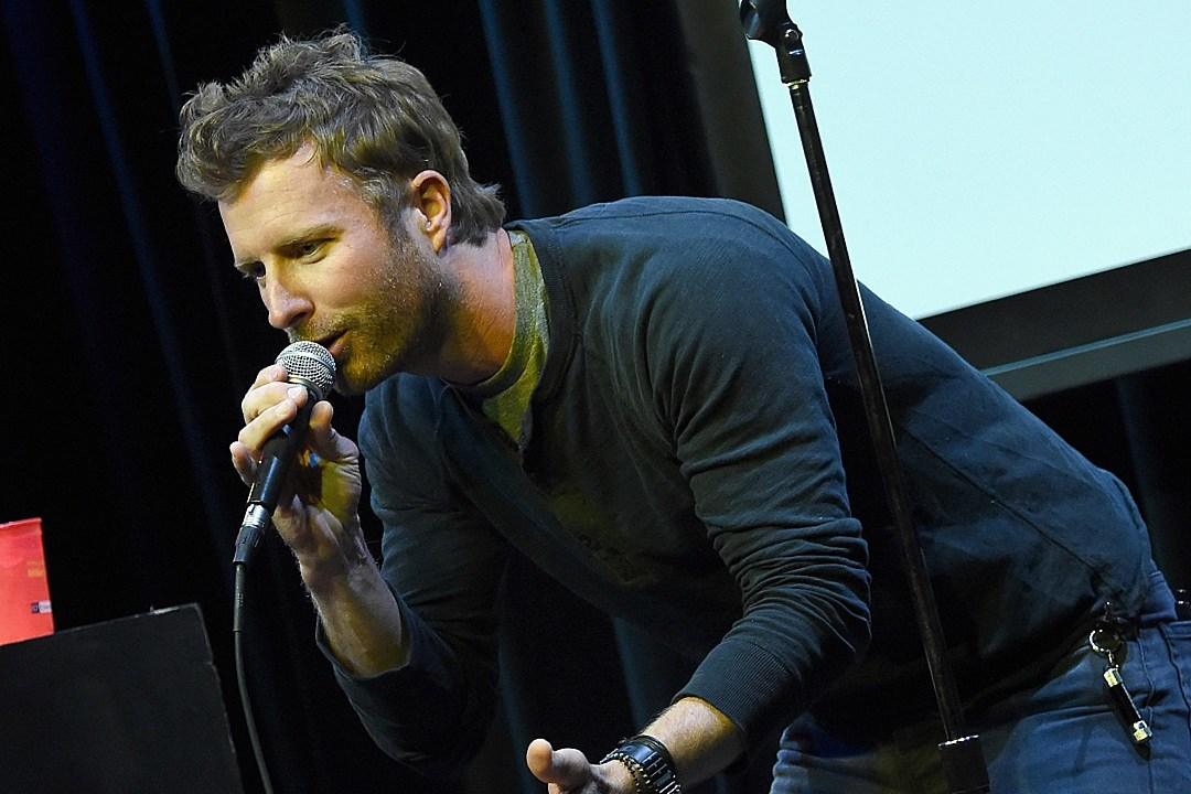 dierks bentley releases sexy video for black review. Cars Review. Best American Auto & Cars Review
