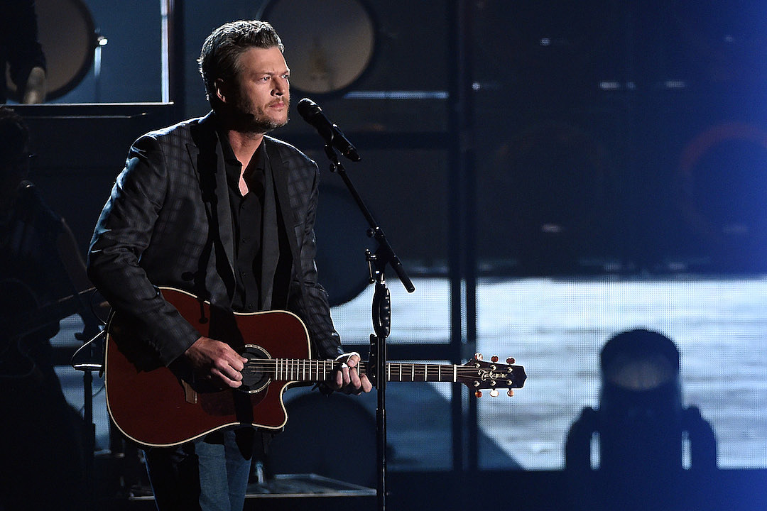 Blake Shelton: 'Gwen Stefani showed me up at birthday gig'