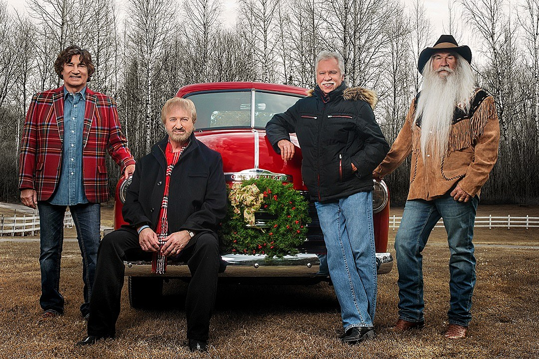 The Oak Ridge Boys Share 2016 Christmas Tour Plans