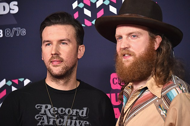 Brothers Osborne 2016 CMA Awards