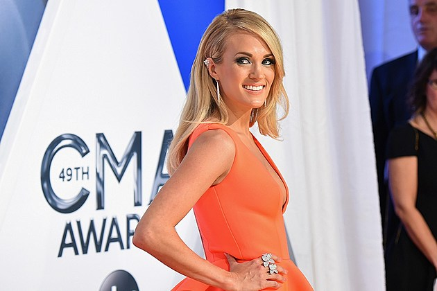 Carrie Underwood 2016 CMA Awards