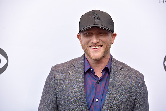 Cole Swindell 2016 CMA Awards