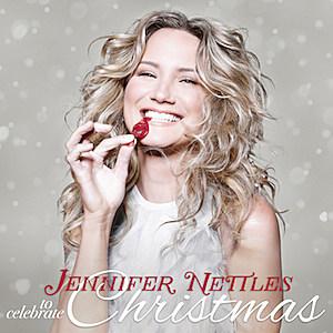 Jennifer Nettles' Christmas Album Coming in October