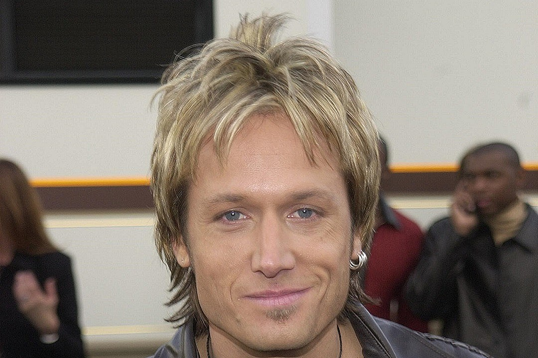 Country Music Memories: Keith Urban Releases Debut Solo Album