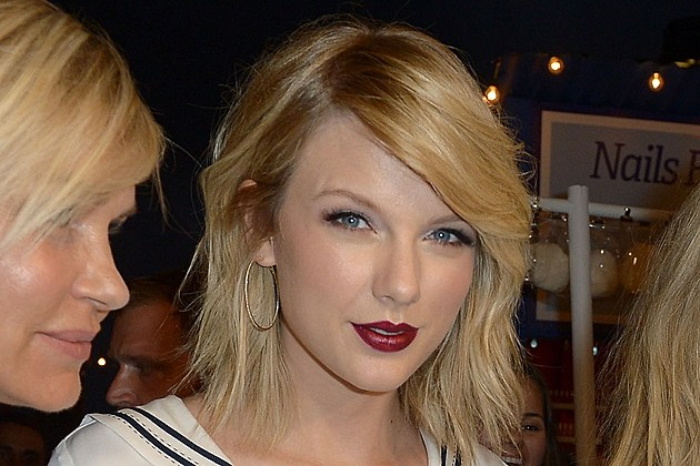 Taylor Swift groping lawsuit photo