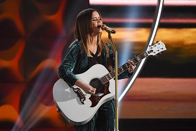 Maren Morris Alicia Keys 2017 Grammys