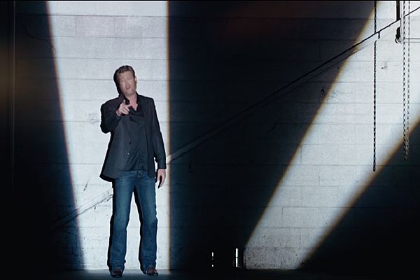 Blake Shelton Shares 39 Every Time I Hear That Song 39 Music Video