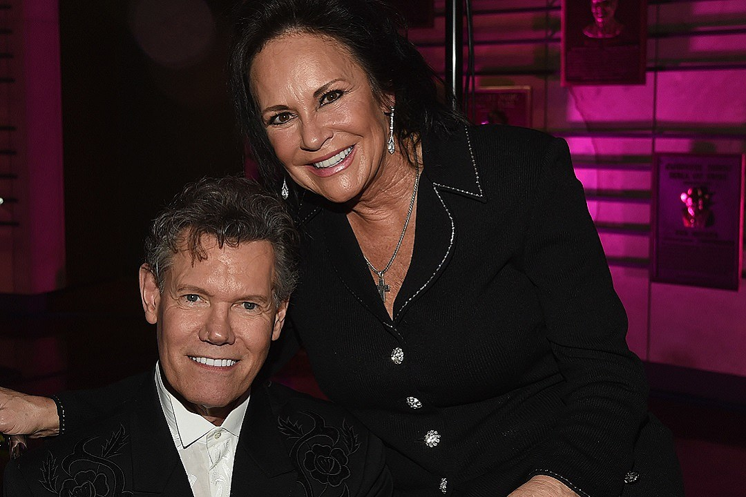 Randy Travis Reaches \'Huge\' Stroke Recovery Milestone