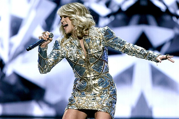 Carrie Underwood sports