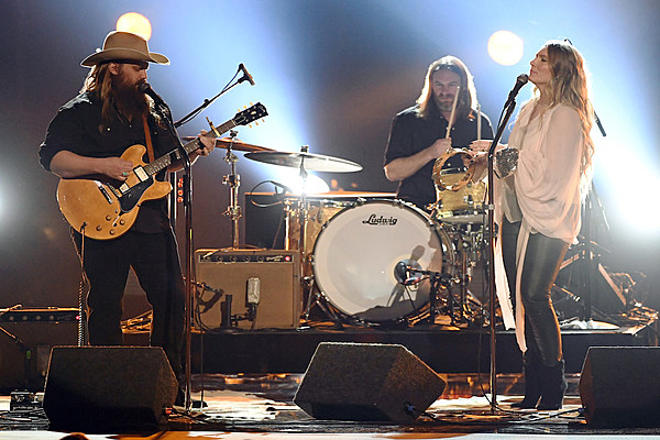 Review: Chris Stapleton Gives Nashville an All-American Road Show
