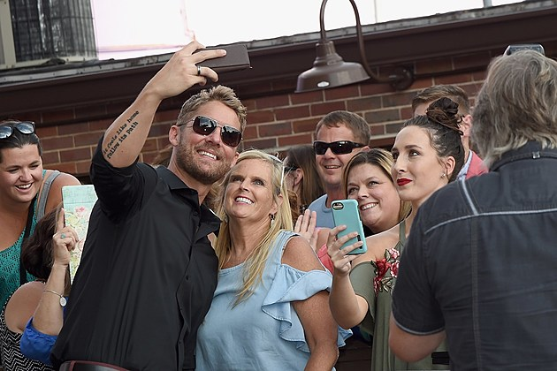 Brett Young No. 1 songs success touring