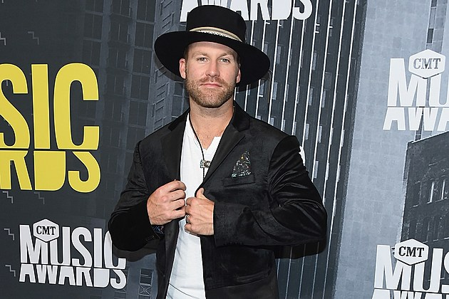 Drake White Says Sophomore Album Will Be 'Laid Back' But 'Fun'