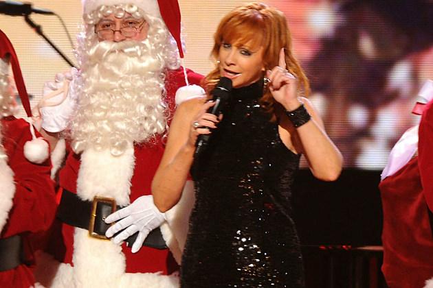 Reba McEntire CMA Christmas Together